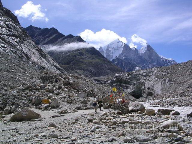 Гомукх, Бхагиратхи и алтарь Шивы