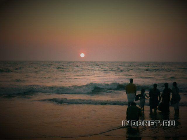 закат в индии у моря