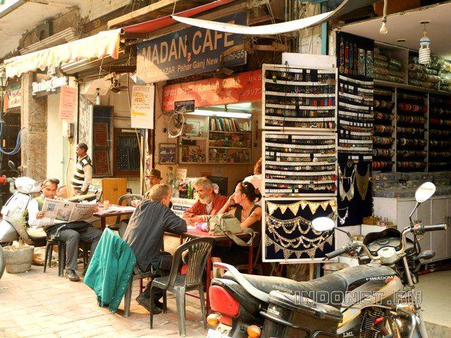 Прогулка по мейн базару, кафе для иностранцев