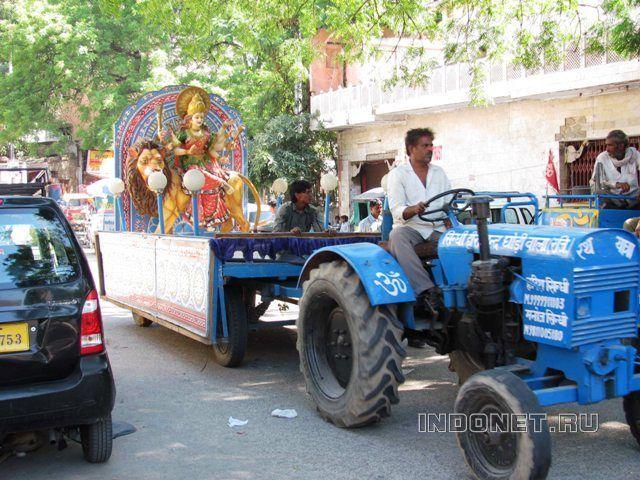 Автомобильные дороги и движение Индии