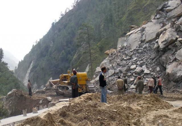 Обвал в Гималаях