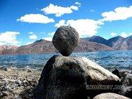 Равновесие. Озеро Пангонг в Ладакхе