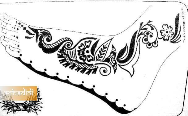 узор мехенди для ног