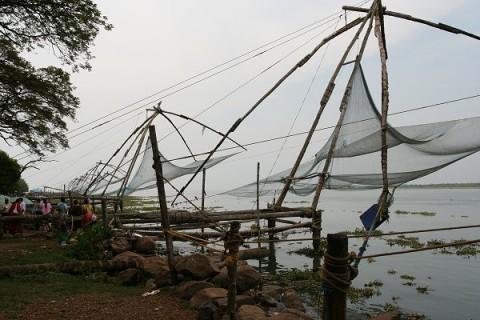 Китайские рыболовные сети - один из символов города