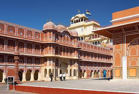 Городской дворец (City Palace) в Джайпуре.