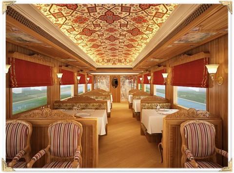 Ресторан в Махараджа экспрессе