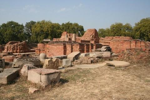 Главный храм Мулгандха Кути. III в.
