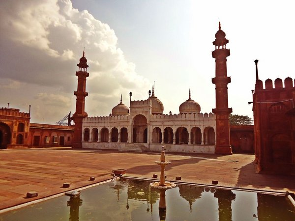 Бхопал.  мечеть Моти Масджид