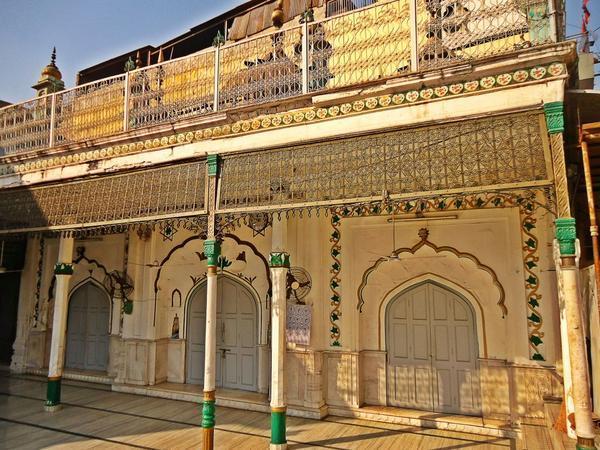 Sunheri Masjid (Golden Masjd)