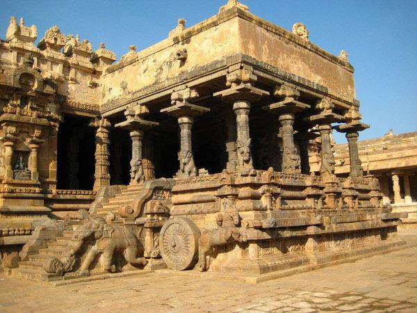 вход в храм в Южной Индии