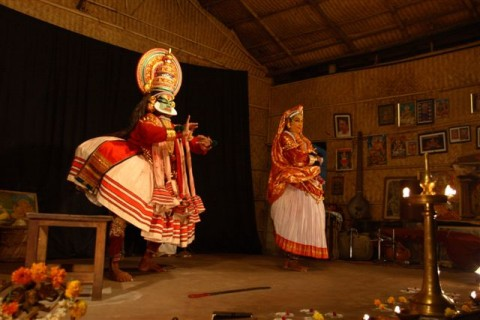 Игра в катхакали