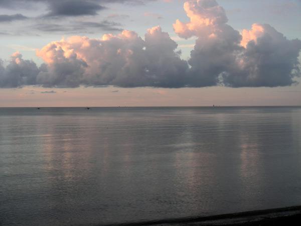 закат на острове бали