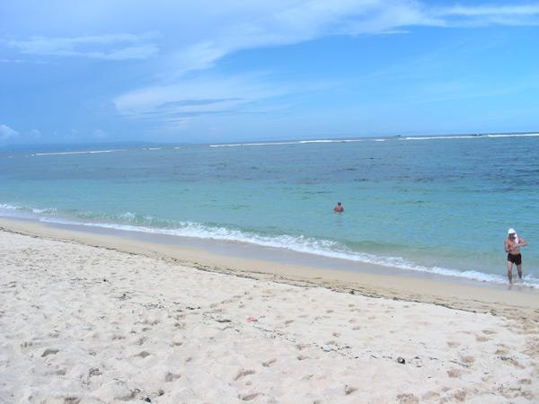 Бали, пляж в Нуса Дуа