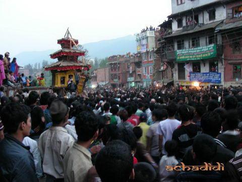 Бхактапур, новогодняя колесница
