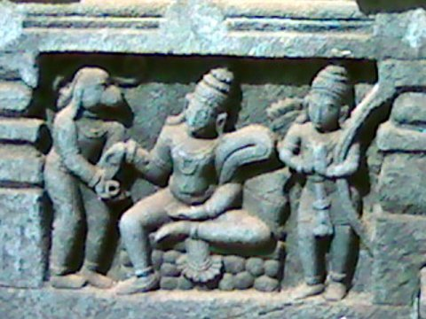 Приношение даров. Бхаткал, Карнатака
