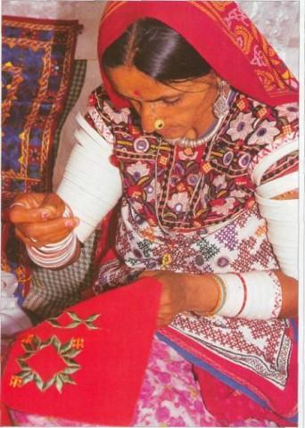 стиль вышивки рабари