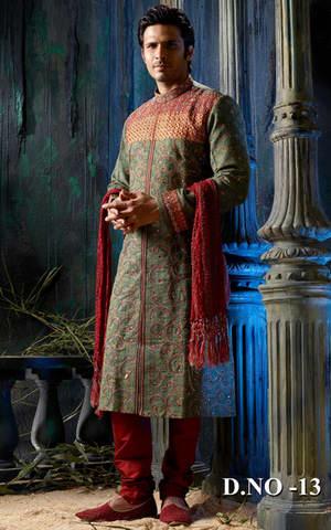 Дизайнерский шервани с с http://silkindiaintl.tradeindia.com/