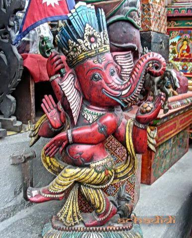 Ганеша, деревянная скульптура - сувенир, Катманду, Непал