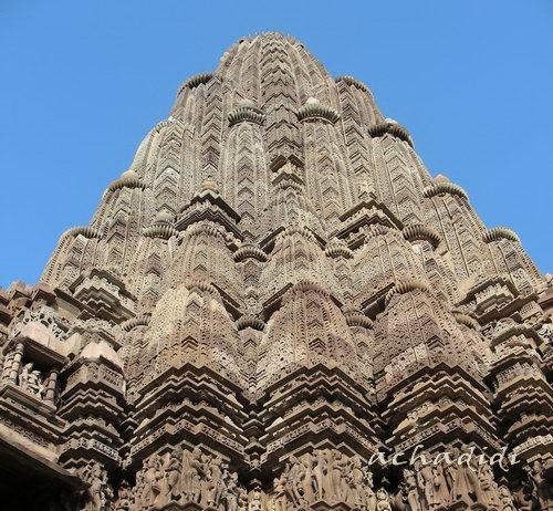 Шикхара храма в Каджурахо
