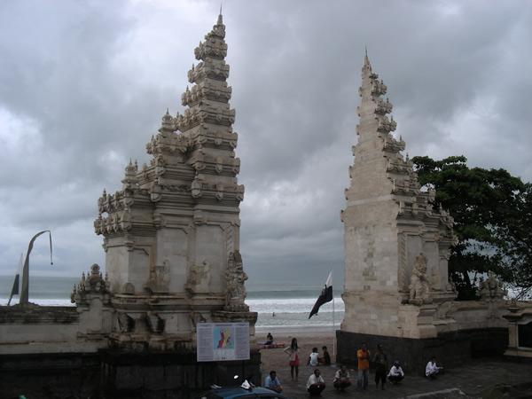 Бали,  ворота к морю, Кута - Легиан