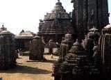 внутренний двор храма Лингарадж в Ориссе, Индия