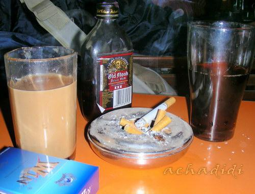 Олд монк с масала чаем - неплохое сочетание!