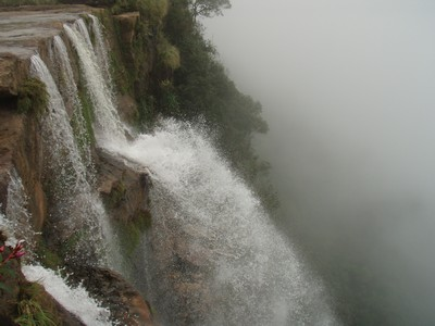 водопад в еко-парке