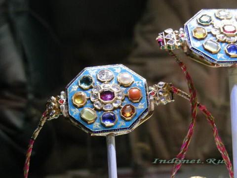 Ювелирное искусство Индии, браслет навратна