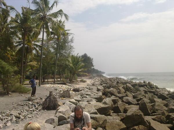 Амритапури, фото побережья моря рядом с ашрамом Аммы