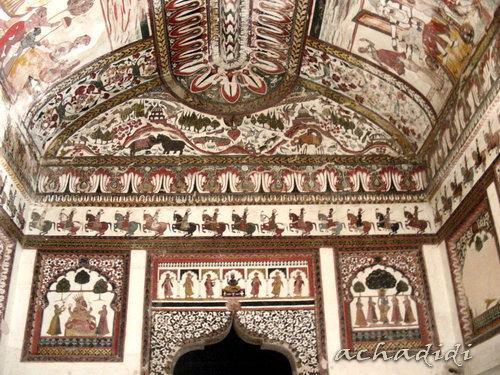 Росписи палат махарани, Орчха
