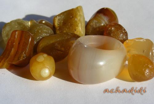Сердолик россыпью из Забайкалья и кольцо