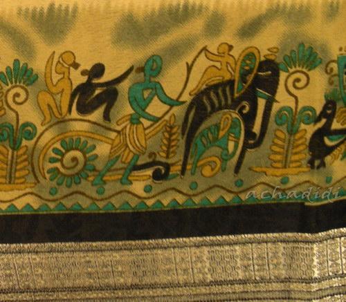 Изображение слонов на шелковом сари из южной Индии