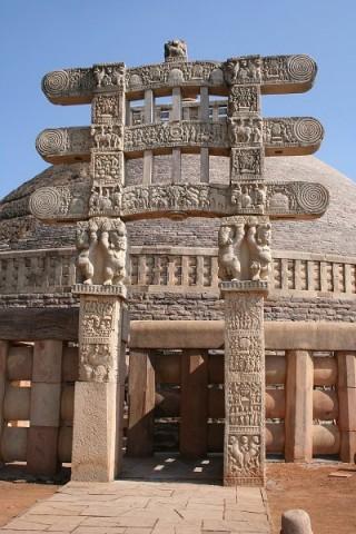Санчи. Большая ступа и ее знаменитые арки