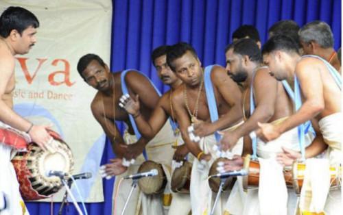 Барабанщики, фото V. Ganesan