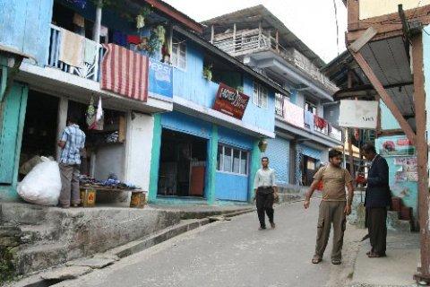 Ташидинг. Главная улица села