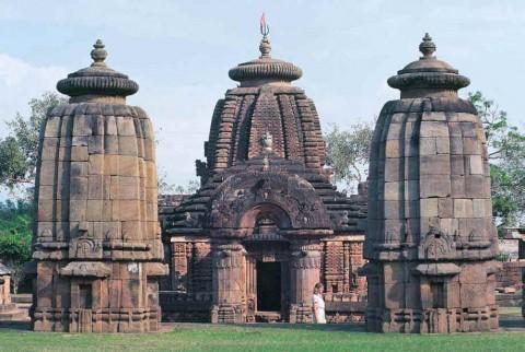 Храм в Муктешваре