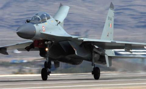 Индийский военный самолет;)