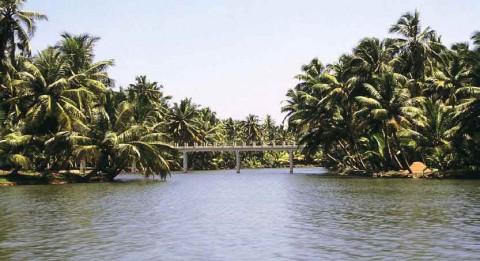 Керальские каналы