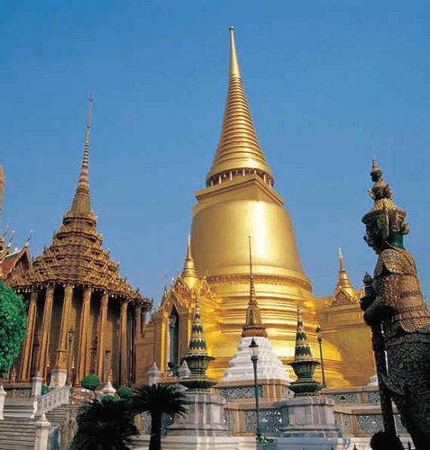 Храм Изумрудного Будды (Ват Пхра Кэо)