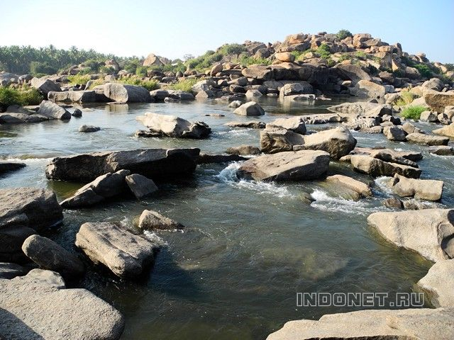 Hampi-waterfall-2013_4.JPG