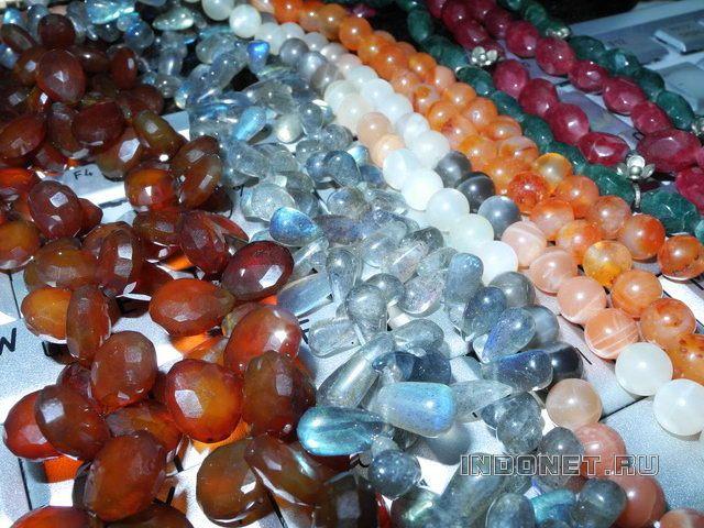 Как отличить камень от подделки