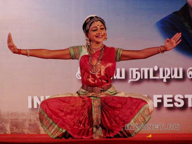 фестиваль танца в мамаллапураме