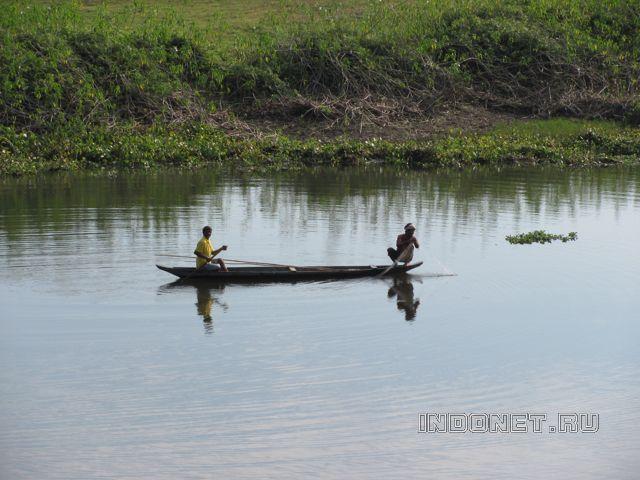 Рыбаки Маджули, Ассам, Индия