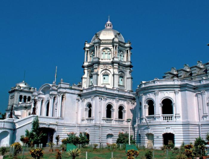 Дворец Уджаянта  в Агартала