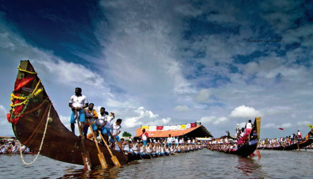 Лодки Змеи. Керала