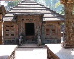 Бхаткал, храм