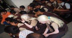 Девочки-альбиносы