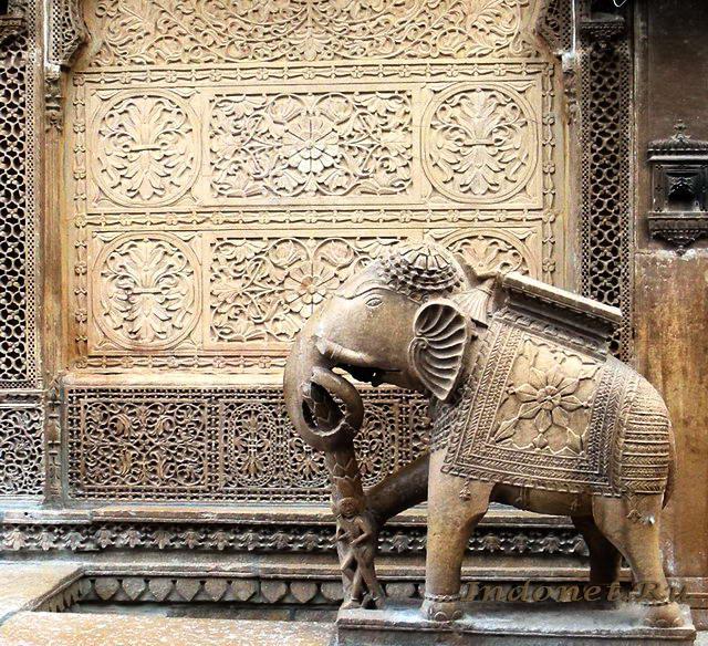 Джайсалмер, слон