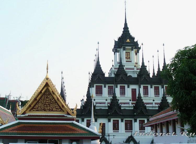 Храм Лоха Прасат