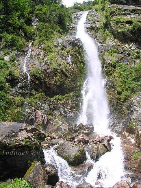 Водопад на пути в Кедарнатх